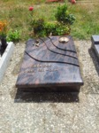 Bildhauer Urnengrab